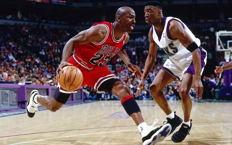 Basketball star Michael Jordan (Picture 1)